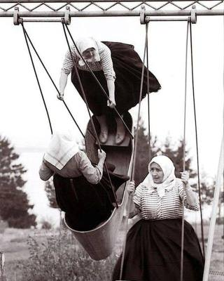 Flying old ladies funny photos